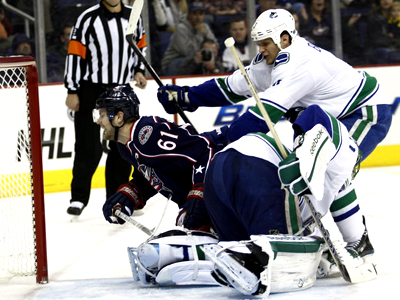Lack of urgency results nets Canucks shootout loss in Columbus