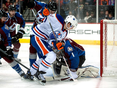 Oilers let one slip away against hard working Avalanche