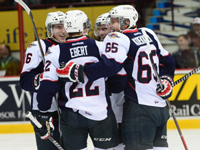 Spits blank Attack 6-0 to win fifth straight