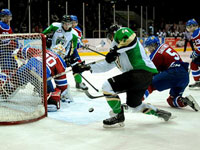 Kieser scores late, as Oil Kings edge Raiders in thriller