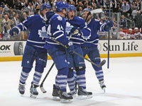 Maple Leafs play well but fall to Habs in season opener