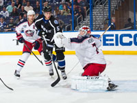 Bobrovsky leads Blue Jackets past Lightning