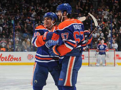 Oilers Beat Maple Leafs, Catch Coyotes