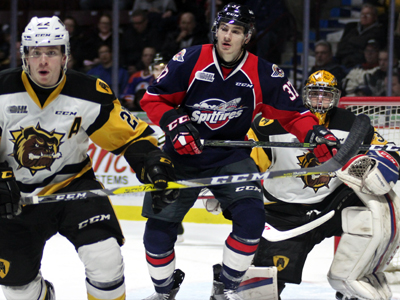 Spits snap losing skid with win over Bulldogs