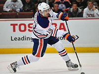 Oilers and Justin Schultz Agree To 1 Year Deal