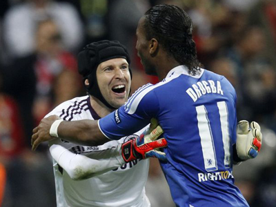 Champions League: Cech and Drogba lead Chelsea to historic  win over Bayern Munich