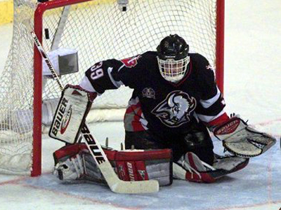 Sabres should go back to red and black for Hasek