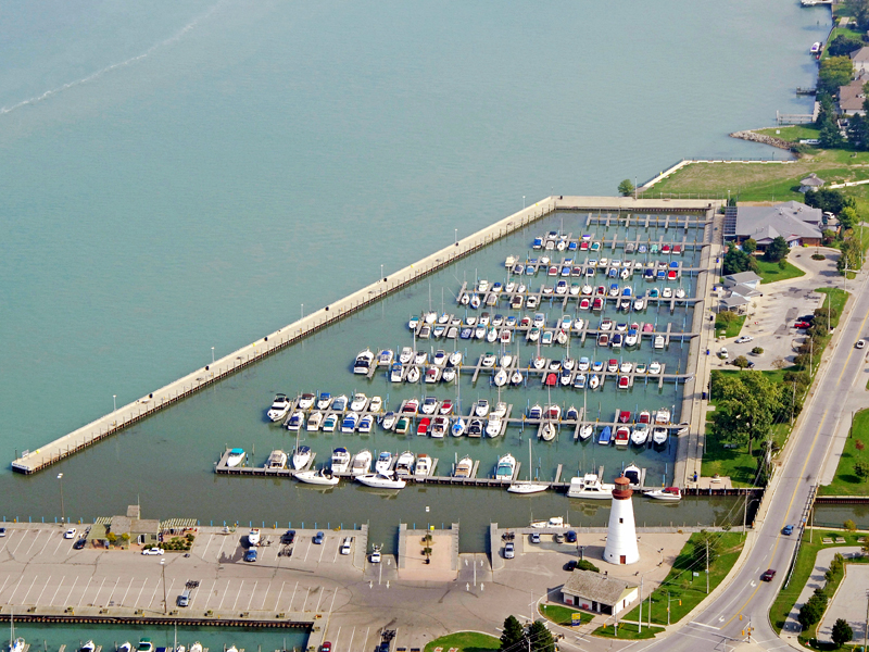 Lakeview Park Marina Docks Closed for Season