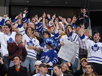 Let Maple Leafs Feel The Love